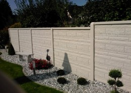BETONZAUN KOWALEWSKI - Betonzaun Standard Fels mit glatter Abdeckung, in Schiefer 16