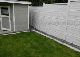 BETONZAUN KOWALEWSKI - Betonzaun Standard Fels mit glatter Abdeckung