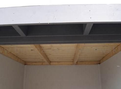 BETONZAUN KOWALEWSKI - Gartenhaus Chamäleon Dachkonstruktion innen