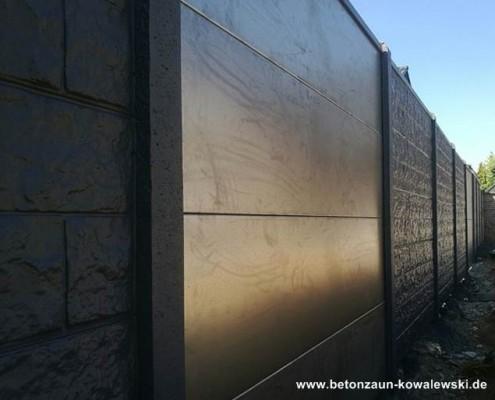 BETONZAUN KOWALEWSKI - Betonzaun Grand Canyon mit Aluminiumplatten
