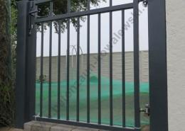 BETONZAUN KOWALEWSKI - Toranlage Eleganz feuerverzinkt und pulverbeschichtet in RAL 7016 Anthrazit