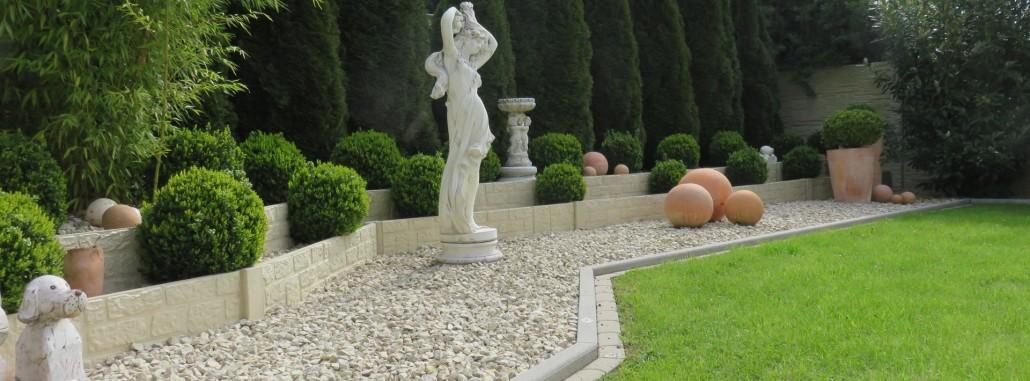 Betonzaun Gitterzaun Und Sichtschutz Gartenbau Eschweiler