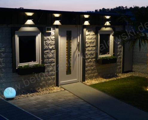 BETONZAUN KOWALEWSKI - Betonzaun Standard Rockstone als Gartenhaus